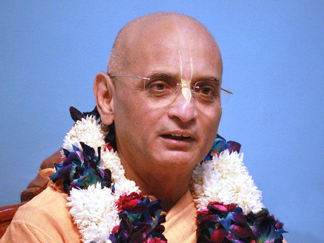 Bhakti Charu Swami Chanting Hare Krishna