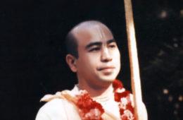 Chant Hare Krishna Japa With Bhakti Swarupa Damodara Swami