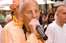 Chant Hare Krishna Japa With Kavicandra Swami