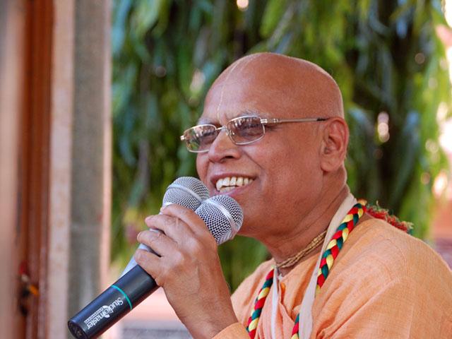 Loknath Swami Chanting Hare Krishna