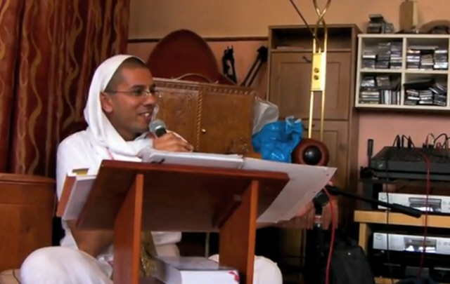 Vasudev Das & Devaki Devi Dasi Japa Workshop ISKCON Coventry 2011