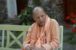 Chant Hare Krishna Japa With Bhakti Vaibhava Swami